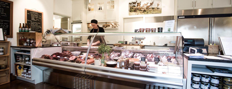 Bilden visar delikatessdisken vid Hygsn vilt gårdsbutik